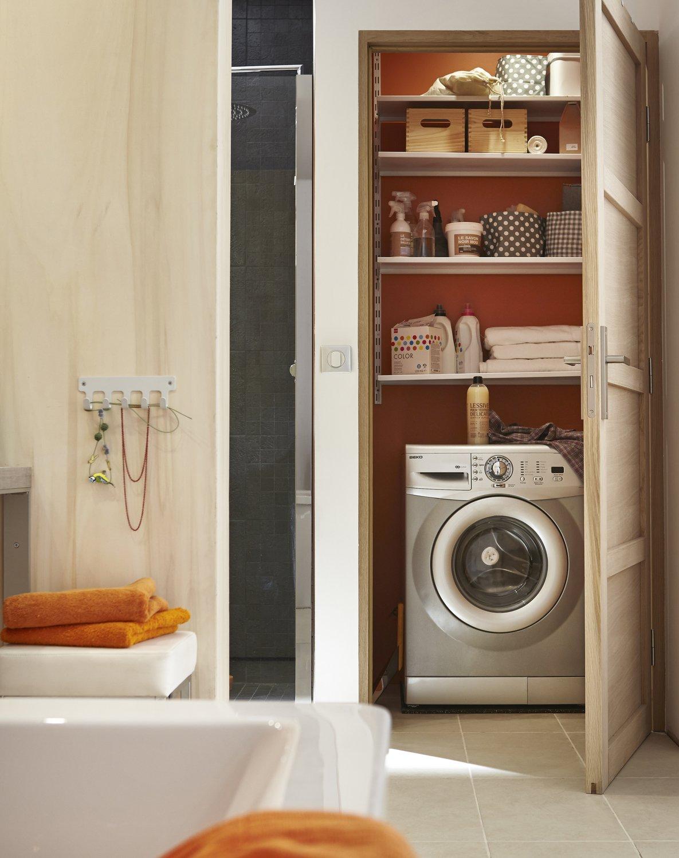 am nager un espace buanderie dans une salle de bain leroy merlin. Black Bedroom Furniture Sets. Home Design Ideas