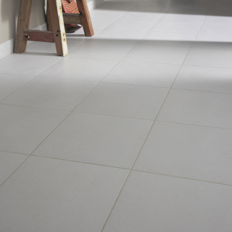 carrelage sol et mur gris clair aspect b ton shade. Black Bedroom Furniture Sets. Home Design Ideas