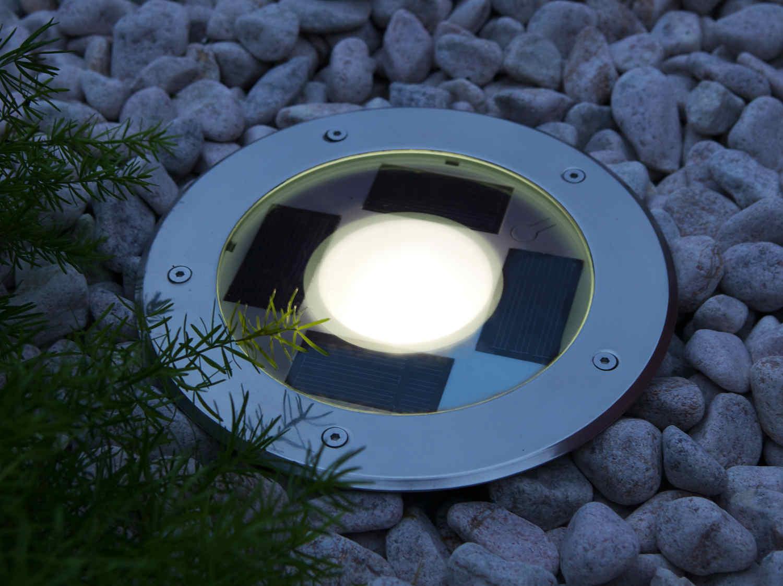 Eclairer son jardin leroy merlin for Eclairage exterieur solaire led leroy merlin