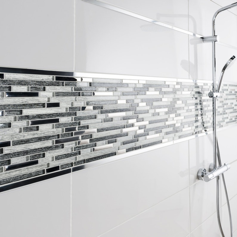 un effet frise de mosa que pour couvrir les murs de votre douche leroy merlin. Black Bedroom Furniture Sets. Home Design Ideas