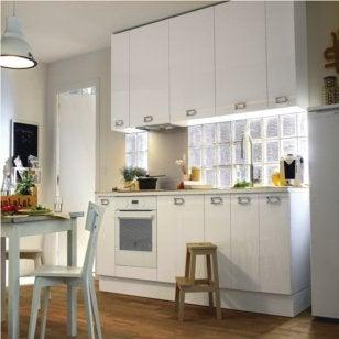 Comment choisir ses briques de verre leroy merlin - Separation de cuisine en verre ...
