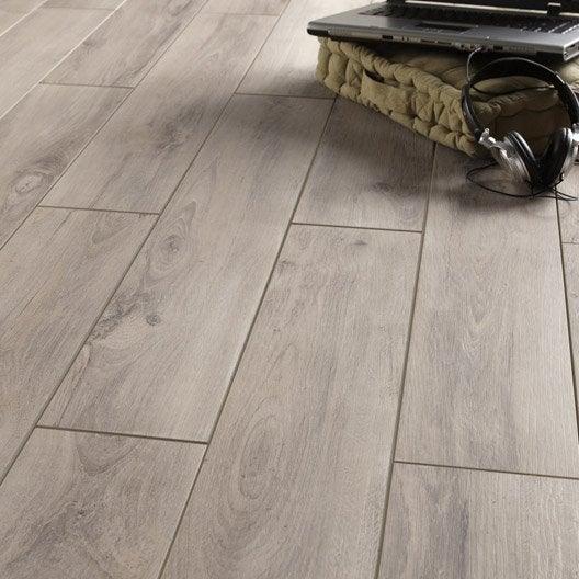 Carrelage sol et mur gris clair effet bois havana x l for Carrelage gris clair