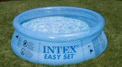 Bien choisir sa piscine hors sol leroy merlin for Piscine gonflable jardin spa