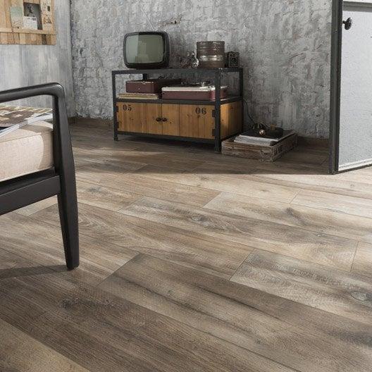 Carrelage sol et mur brun fon effet bois heritage x for Carrelage et bois au sol