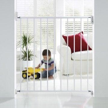 Barrière de sécurité enfant en métal blanc, long. min/max 72/78 cm, H68 cm