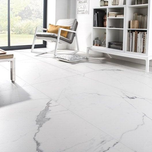 Carrelage sol et mur blanc effet marbre rimini x l for Carrelage sol salle de bain blanc brillant