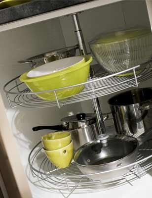 Bien concevoir une cuisine pratique et fonctionnelle for Meuble de rangement haut