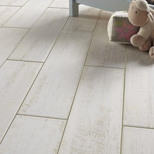 Carrelage sol et mur blanc effet bois belle le x l for Carrelage du sol
