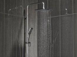 bien choisir sa colonne de douche leroy merlin. Black Bedroom Furniture Sets. Home Design Ideas
