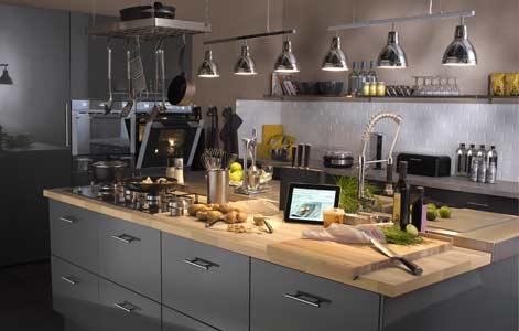Bien concevoir son lot de cuisine leroy merlin - Amenagement ilot central cuisine ...