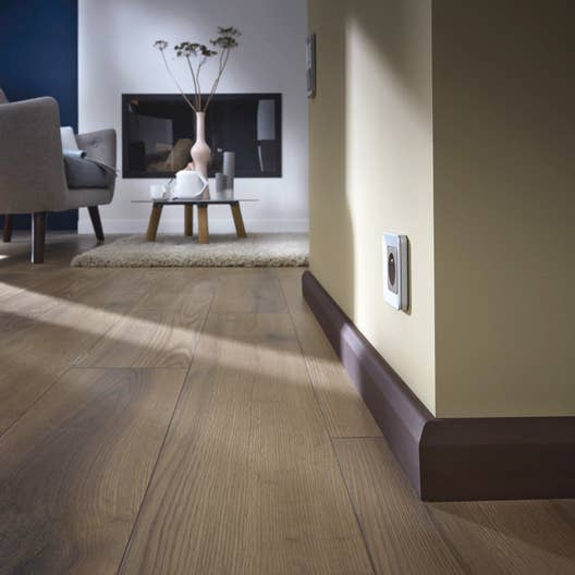 plinthe m dium mdf cache fil m lamin 20 x 70 mm l 2 2 m leroy merlin. Black Bedroom Furniture Sets. Home Design Ideas