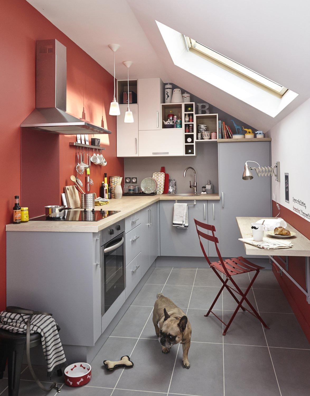 am nager une cuisine sous des combles leroy merlin. Black Bedroom Furniture Sets. Home Design Ideas