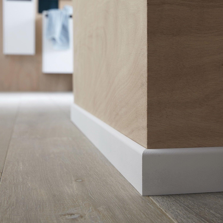 surplinthe renovation plinthe bois avec carrelage. Black Bedroom Furniture Sets. Home Design Ideas