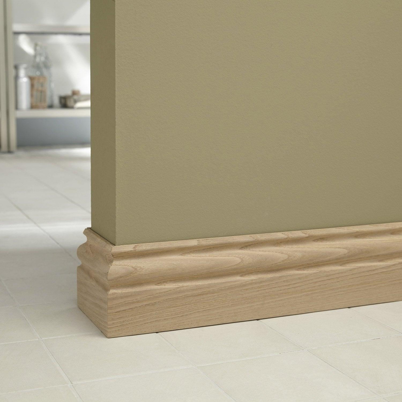 Plinthe ch ne petits noeuds moulur e 15 x 120 mm l 2 m for Les plinthes en bois