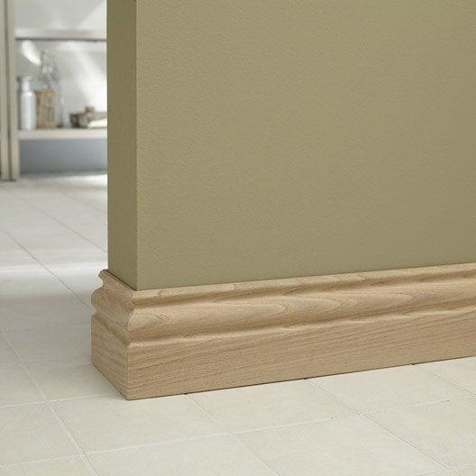 plinthe ch ne petits noeuds moulur e 15 x 120 mm l 2 m leroy merlin. Black Bedroom Furniture Sets. Home Design Ideas