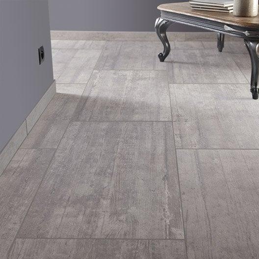 Carrelage sol et mur gris clair effet b ton industry for Carrelage 45 ou 60