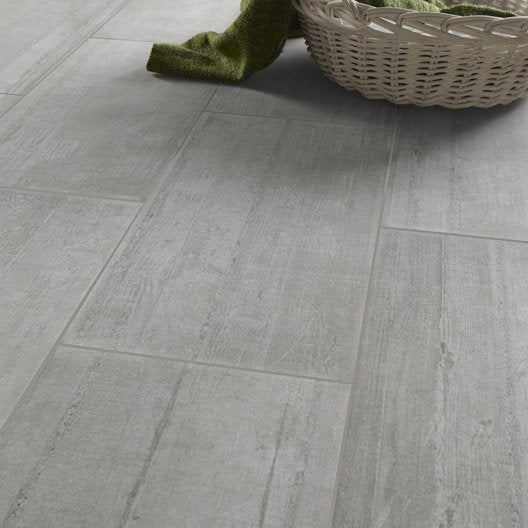 Carrelage sol et mur gris clair effet b ton industry for Carrelage extra fin point p