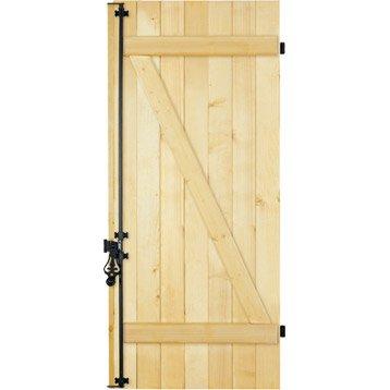 volet battant volet bois volet sur mesure leroy merlin. Black Bedroom Furniture Sets. Home Design Ideas