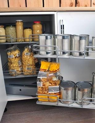 Tout savoir sur le rangement dans la cuisine leroy merlin for Rangement interieur meuble cuisine