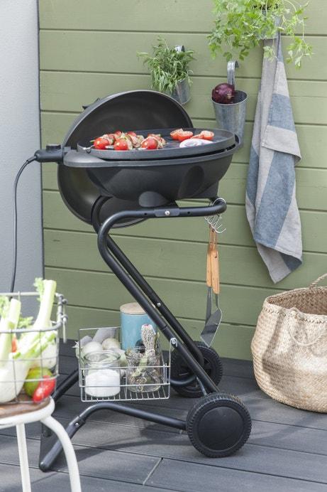Un barbecue électrique sur roulette