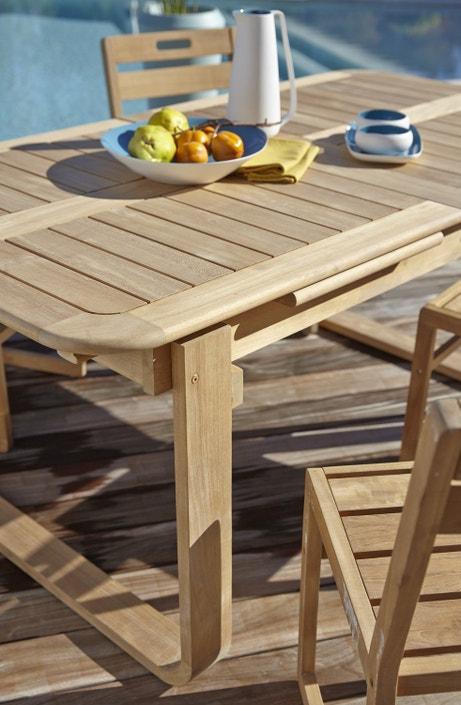 Du bois pour votre table de jardin familiale