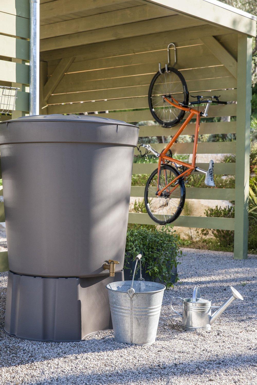 un r cup rateur d eau design leroy merlin. Black Bedroom Furniture Sets. Home Design Ideas
