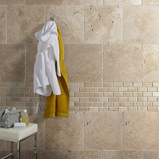 Travertin sol et mur beige effet pierre travertin x - Mur en pierre interieur leroy merlin ...
