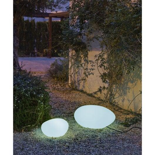 boule de jardin lumineuse perfect boule extrieure. Black Bedroom Furniture Sets. Home Design Ideas
