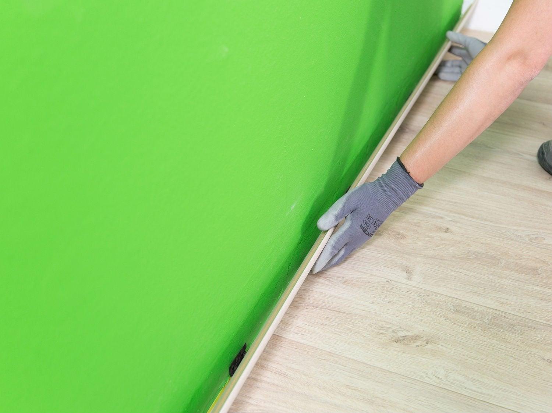 joint pont de bateau pour plinthes parquets et stratifi s. Black Bedroom Furniture Sets. Home Design Ideas