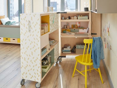 transformer une biblioth que en un bureau mobile leroy merlin. Black Bedroom Furniture Sets. Home Design Ideas