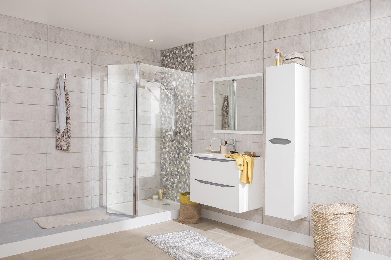 d corer votre salle de bain avec un carrelage effet b ton. Black Bedroom Furniture Sets. Home Design Ideas