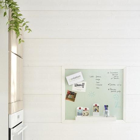 Coordonner la matière de vos meubles de cuisine avec vos murs