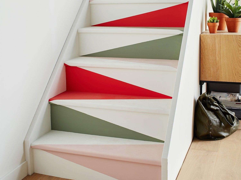 Peindre un escalier façon origami