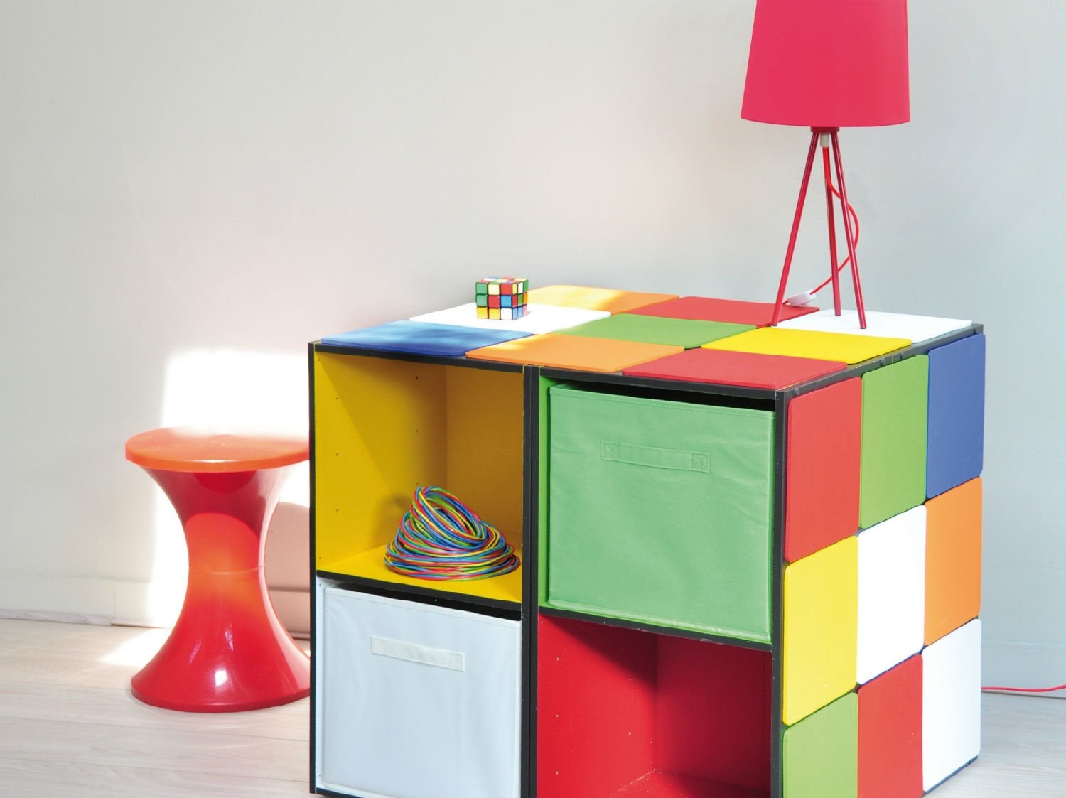 diy cr er un rangement original pour les enfants leroy merlin. Black Bedroom Furniture Sets. Home Design Ideas