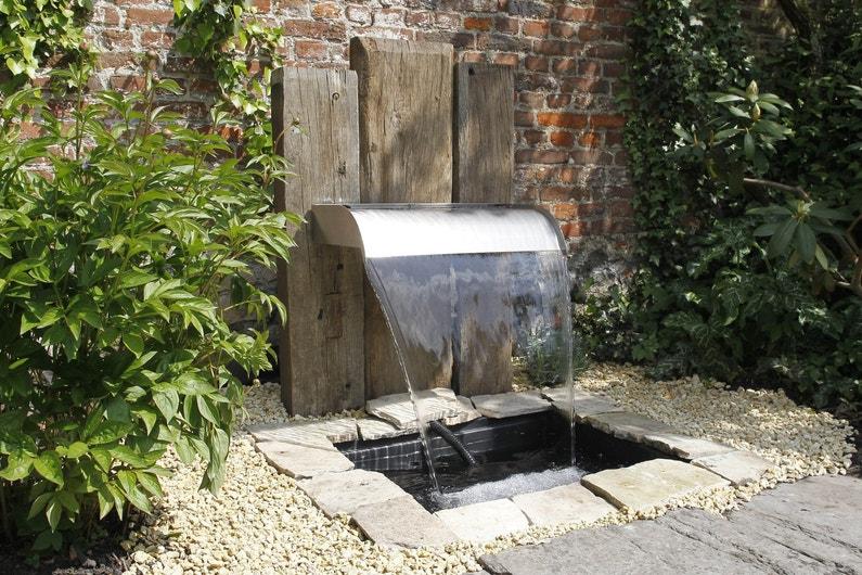 Une fontaine design pour le jardin leroy merlin - Fontaine pour jardin leroy merlin ...