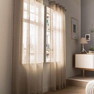 Rideau voilage vitrage et rideaux sur mesure leroy merlin for Voilage cuisine moderne