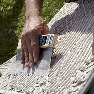 Carrelage sol et carrelage mural leroy merlin for Colle pour mosaique piscine