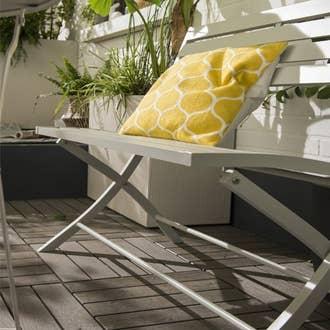 Salon de jardin table et chaise mobilier de jardin for Desserte de salon