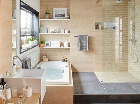 12 conseils pour prot ger la salle de bains de l humidit leroy merlin. Black Bedroom Furniture Sets. Home Design Ideas