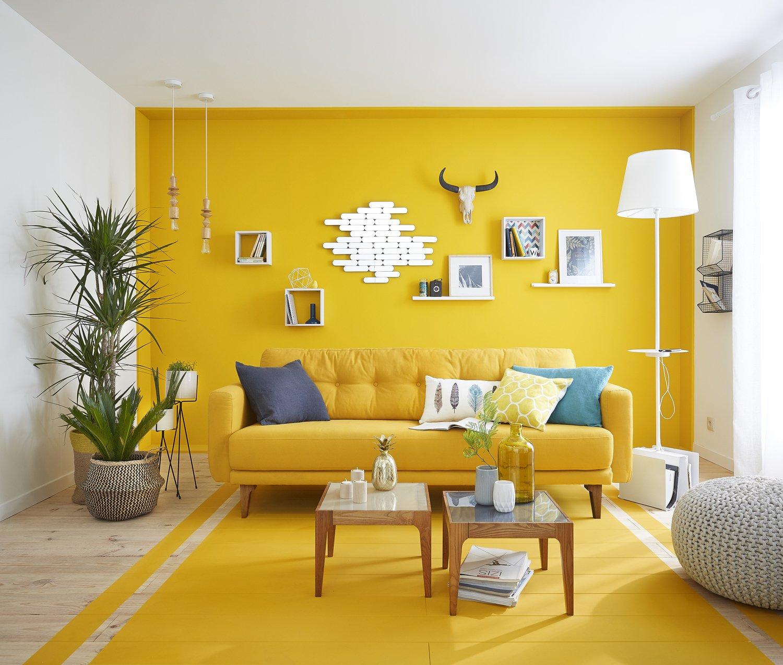 La couleur jaune au mur et au sol  Leroy Merlin
