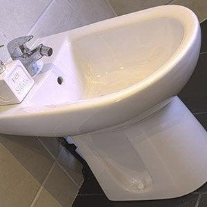 WC Abattant Et Lave Mains