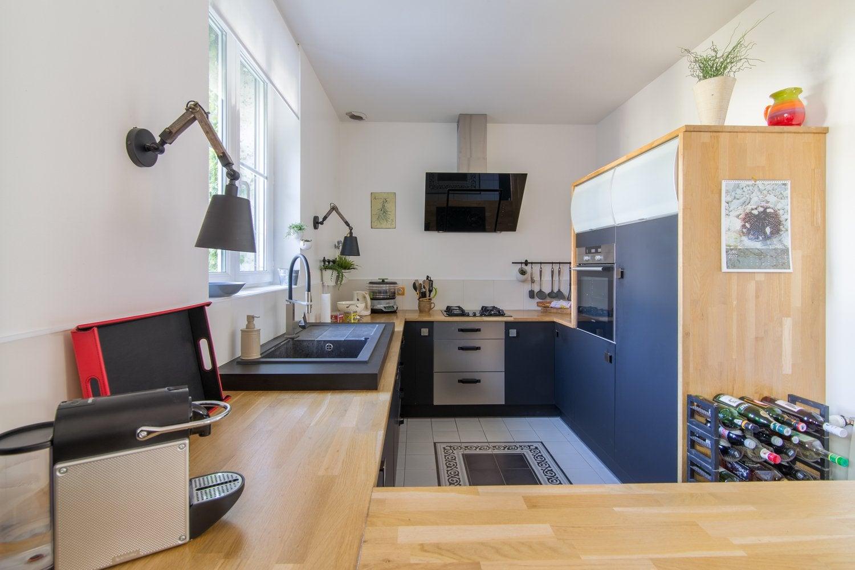 la cuisine industrielle de fabrice et isabelle la. Black Bedroom Furniture Sets. Home Design Ideas