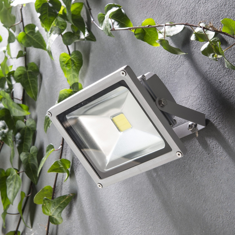 Projecteur A Fixer Exterieur Yonkers Led Integree 20w 1500lm
