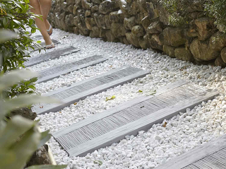 galets carrare en marbre blanc 60 100 mm 25 kg leroy merlin. Black Bedroom Furniture Sets. Home Design Ideas
