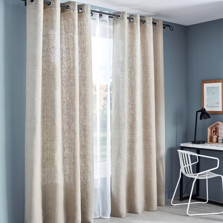 Le rideau en lin apporte le style nature dans le salon | Leroy Merlin